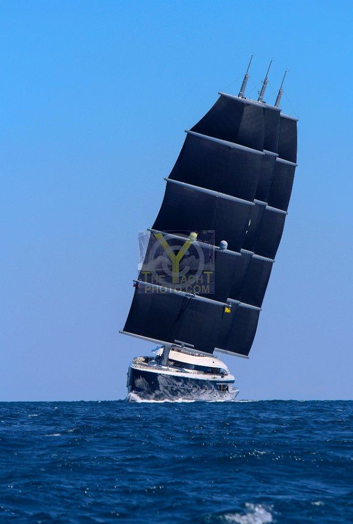 white pearl sailing yacht